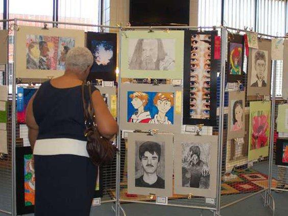 0502 LCHS Art Show
