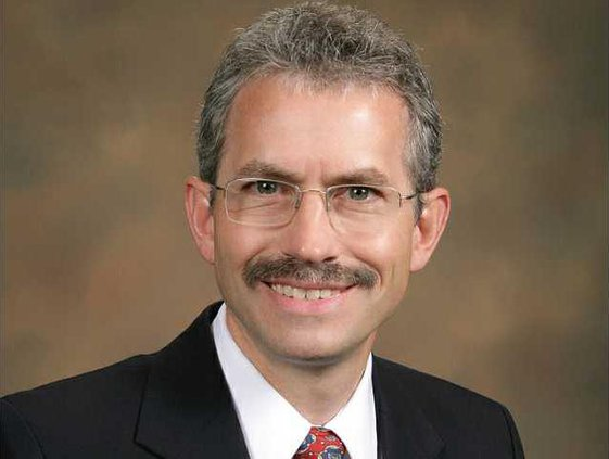 Dr Gary Welton