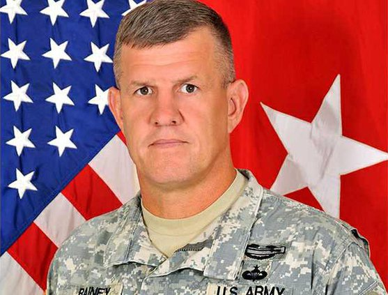 Maj Gen James Rainey