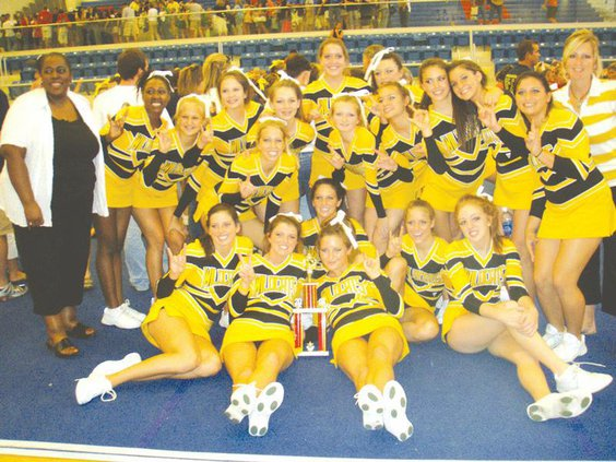 RHHS-cheer-file-photo